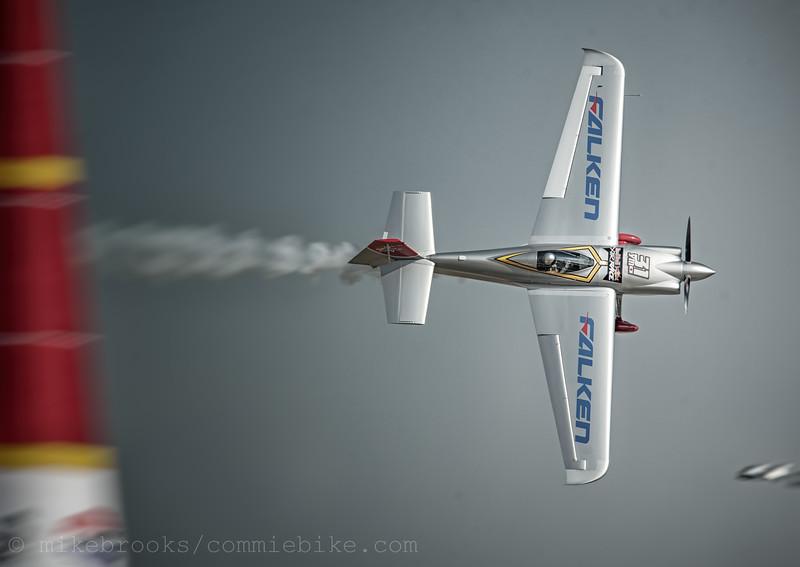 RedBullAir-1044